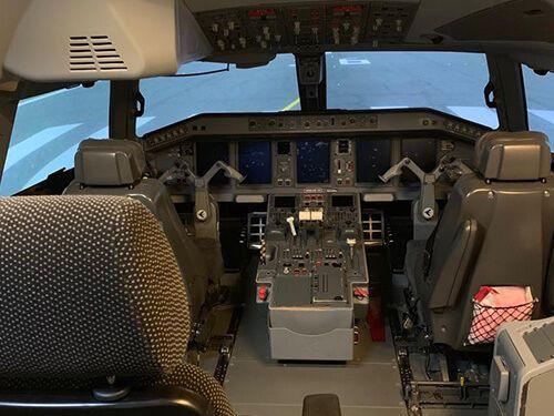 ERJ 190 Training Device
